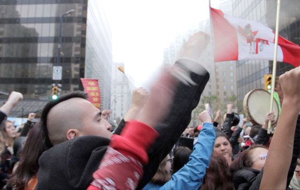 Canada's largest energy union calls for national fracking moratorium