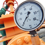 Fracked wells leak 6 times more methane-New Cornell study