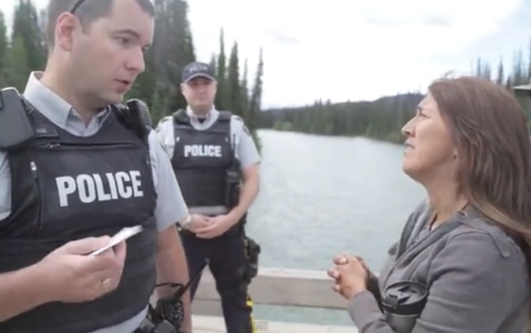 Unist'ot'en Camp leader Freda Huson denying access to RCMP on July 15 (Youtube video screen capture/Stimulator)