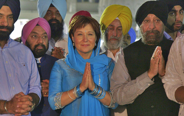 Clark on a trade mission to India, praying hard for LNG deals (Flickr CC Licence / Govt of BC)