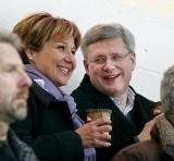 Clark photo-op with PM Harper