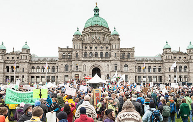 Canadian communities to rally for climate as BC, Alberta pen pipeline deal