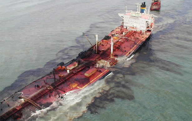 Tougher Canadian oil tanker rules don't go far enough for critics