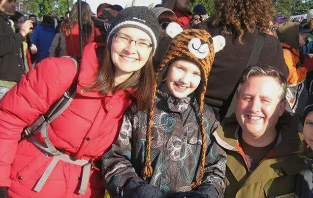 Kim Fink-Jensen (left) and daughter Kate pose with MP Kennedy Stewart after protesting the proposed Kinder Morgan pipeline at Burnaby Mountain (Photo: Kim Fink-Jensen/facebook)