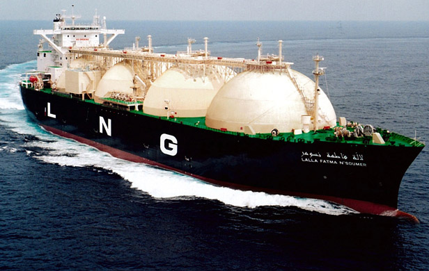 Harper says LNG tankers too dangerous for East Coast, but OK for BC