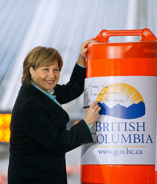 Christy Clark commemorating new Port Mann Bridge - as it rang in at 550% of the government's original cost estimate of $600 million (Province of BC/Flickr)